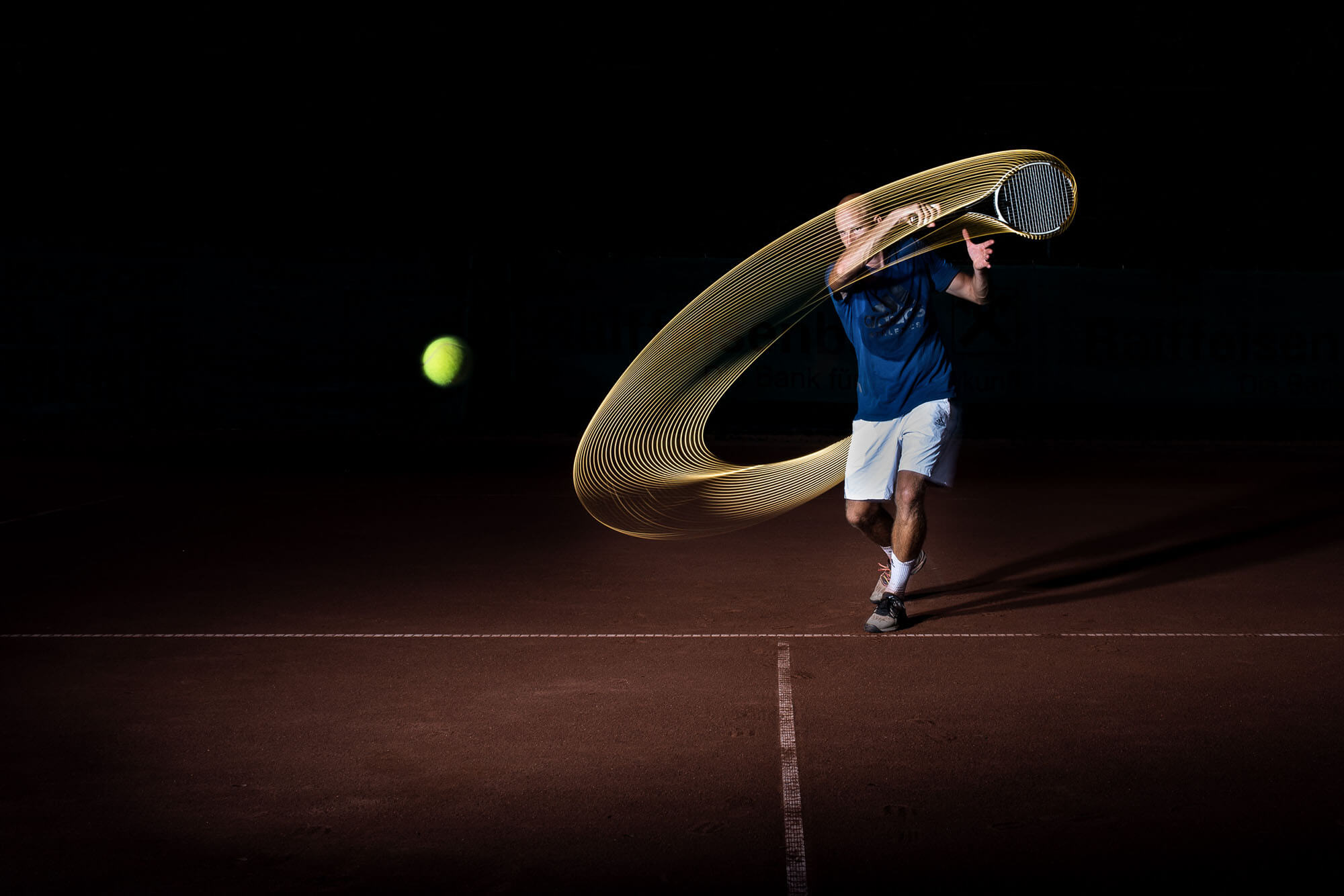 tennis forehand led lighting marco mirnegg sports photography sportfotografie flap photography fotograf philipp greindl photographer